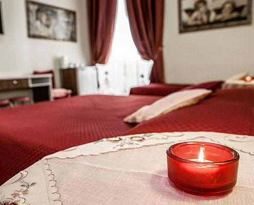 Guesthouse tibullo citt del vaticano camere al centro - Lenzuola da colorare romane ...